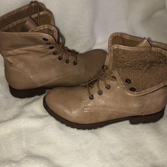 Tan Size 8 Rock Candy Women's Boots